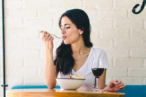 糖分・炭水化物を過度に摂り過ぎない