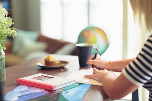仕事・勉強しながら【太もも引き締め】
